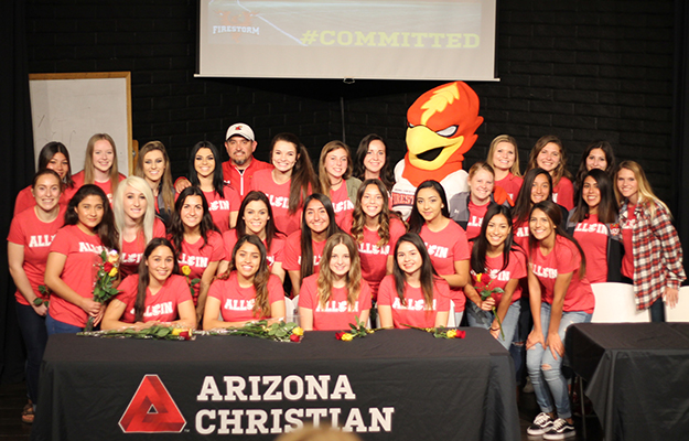 The 2017 signing class with the ACU returners
