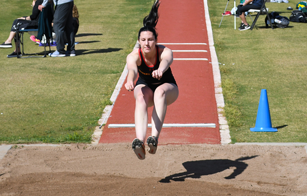 Jana Rohr set two personal records on Friday (Photo by Keith Moody)
