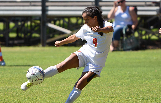 Marisa Ortiz- five goals on Saturday (Photo by Keith Moody)